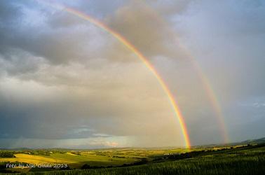 2 arch rainbow (26K)