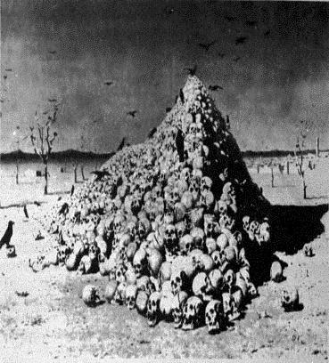 Skulls Pyramid (42K)